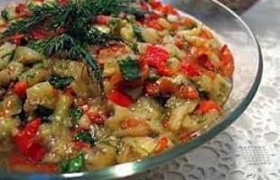 Patlıcanlı göçmen salatası